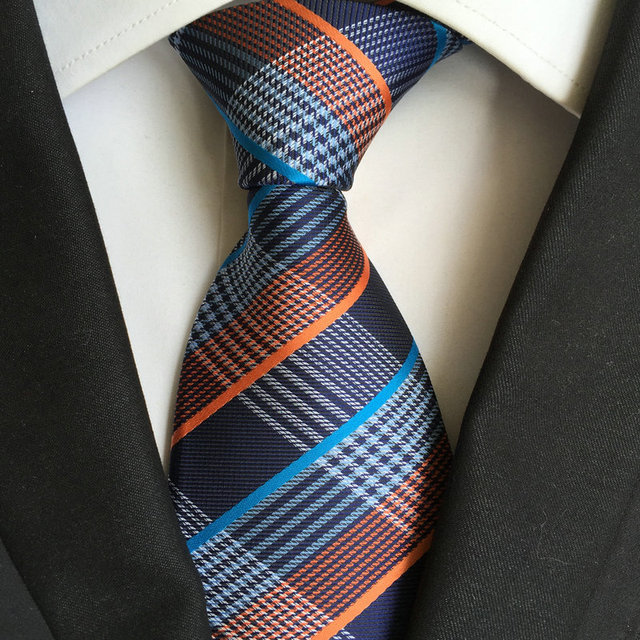 dress - How to needle a tie wear video