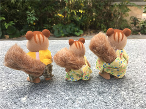 Image 2 - Geniune Sylvanian Families Fuzzy Dolls Action Figures Squirrels Family 3pcs Set Toy Animal New No Package