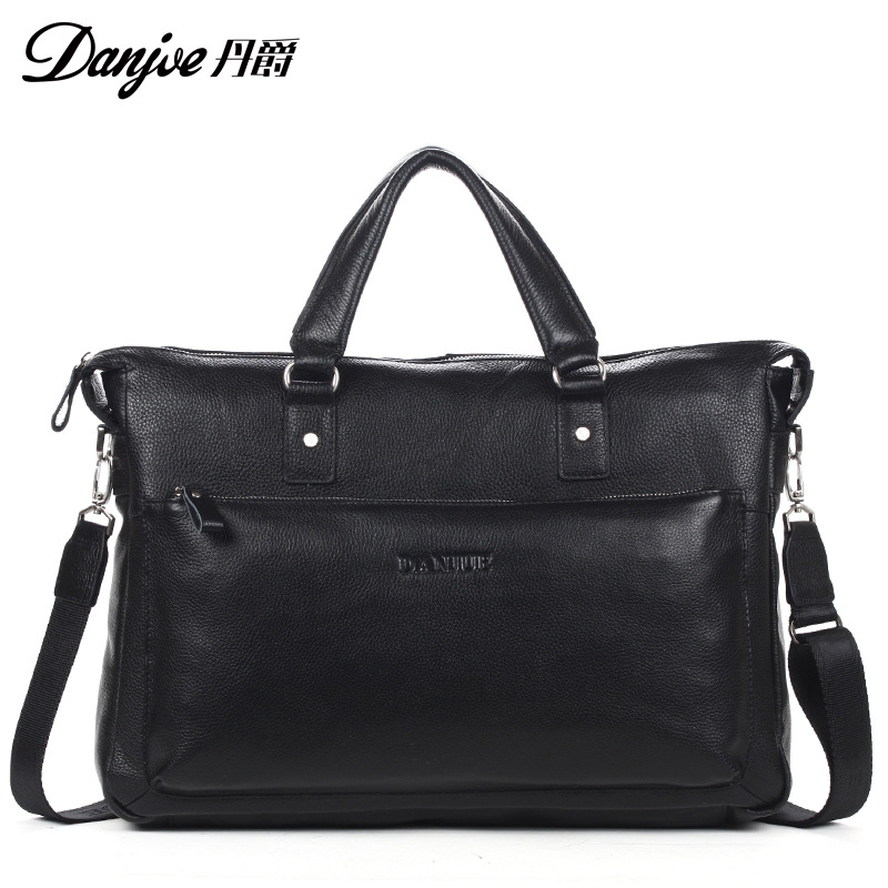 купить DANJUE New Fashion Male Large Capacity Brand Shoulder Bag Black Man Laptop Totes Genuine Leather Briefcase Men Business Handbag по цене 6391.09 рублей