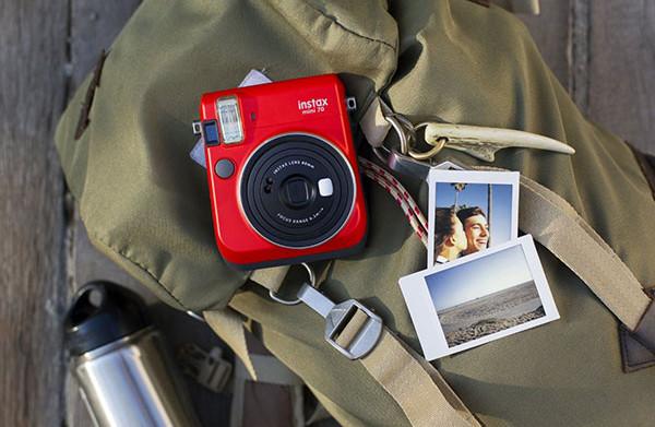 Fujifilm Instax MIni 70 Red (3)