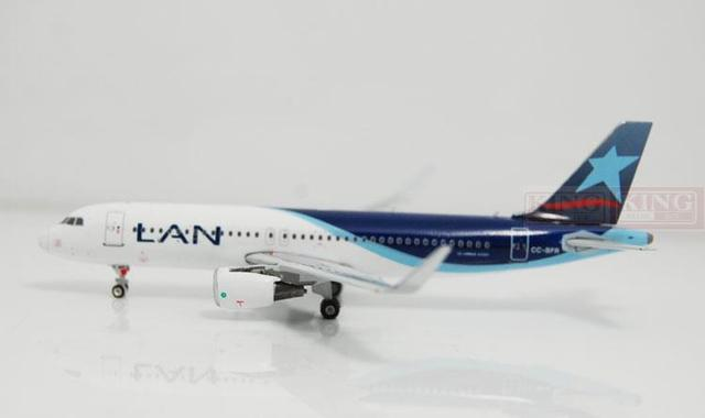 Phoenix 10880 A320 CC-BFR Chile Airlines winglets shark fins 1:400 commercial jetliners plane model hobby