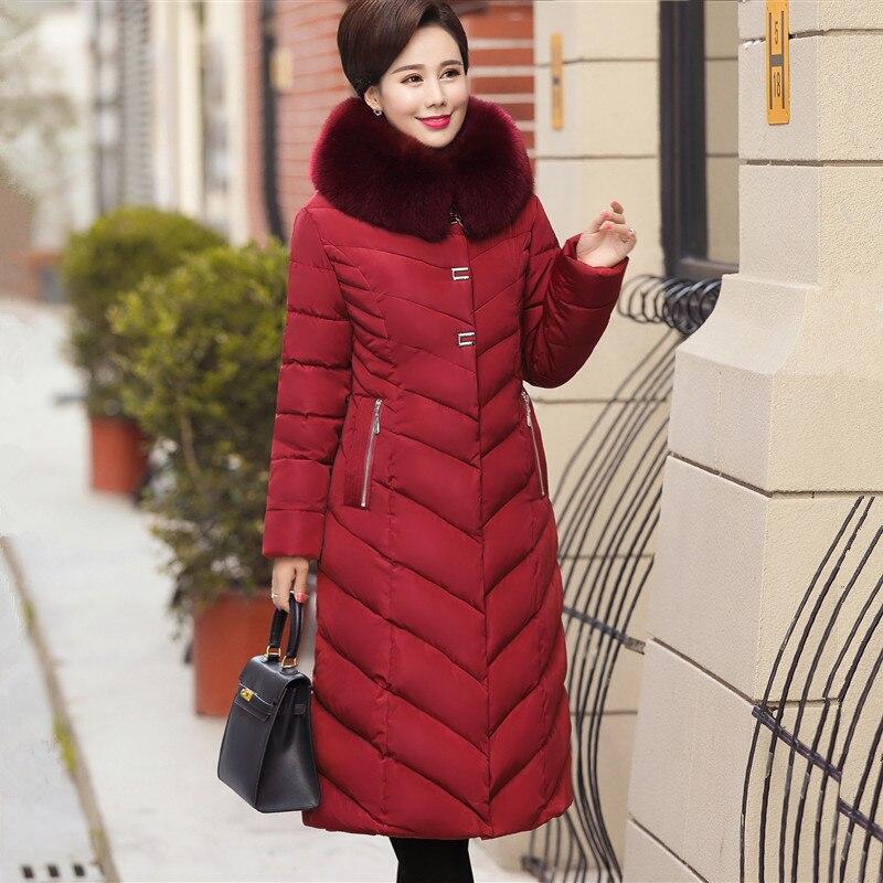 Kadın Giyim'ten Parkalar'de 2019 büyük kürk yaka kış ceket kadın kalın Parka kapşonlu artı boyutu 5XL uzun kış pamuk şişme ceket kadınlar dış giyim anne'da  Grup 2