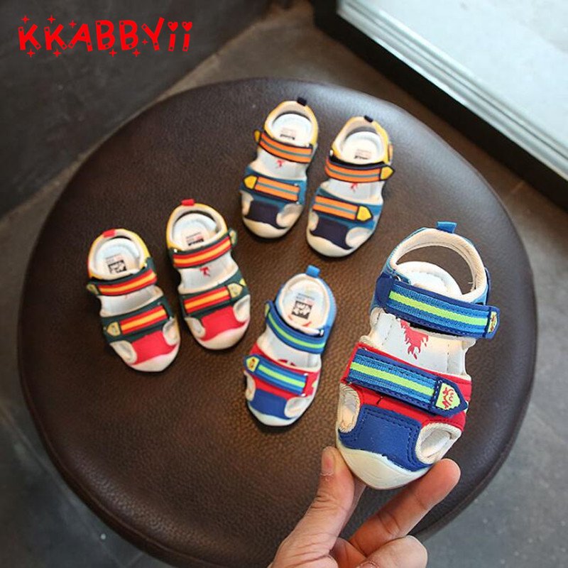 Children Sandals With Light Chaussure Led Enfant New Summer Boy Cartoon Led Shoes Sports Breathable Boys Sandals Shoes