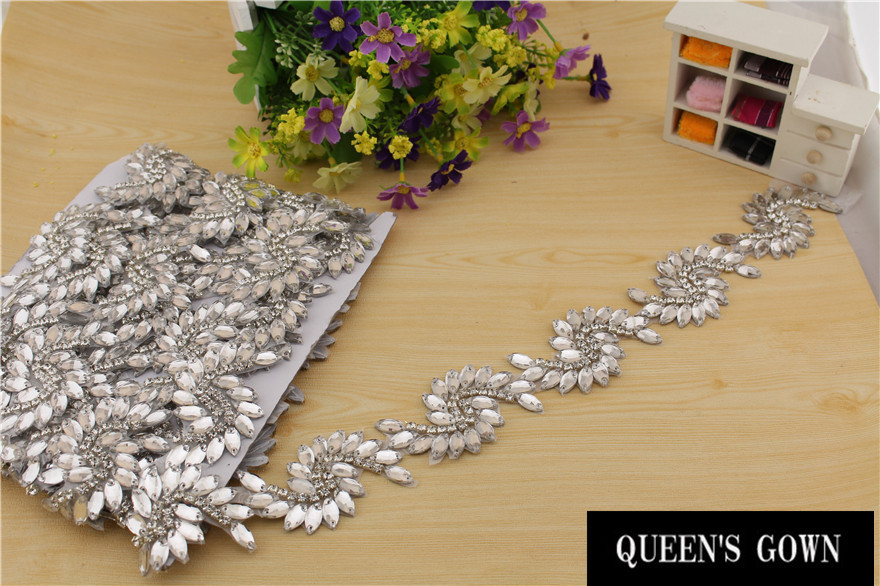 ộ_ộ ༽2015 Latest New Design Luxury Bridal bow Clear Crystal ...