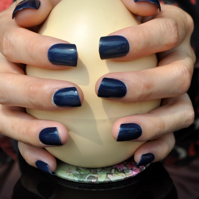 Shiny Dark Blue Black Acrylic Fake Nails Short Design False Nail