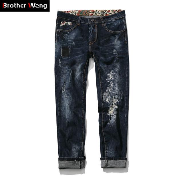 Hermano Wang 2017 Nuevos hombres Mendigos Desgastados Vaqueros Elásticos Negro pantalones de Moda Los Hombres Delgados Pies Pantalones de Gran Tamaño Pantalones Vaqueros de la Marca 29-46