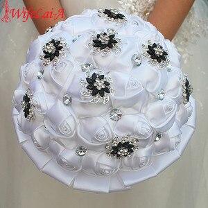 Image 4 - Wifelai um branco puro rosa flor preto broche buquês de casamento de cristal nupcial buquês de casamento flores personalizado