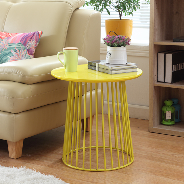Superbe Metal Creative Simple Round Tea Coffee Table Movable Side Table