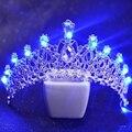 Mulheres românticas Luz Azul Tiara Rei Coroa de Strass Festa De Casamento De Noiva Acessórios Para o Cabelo Tiaras De Cristal Tiara Cabeça HG131