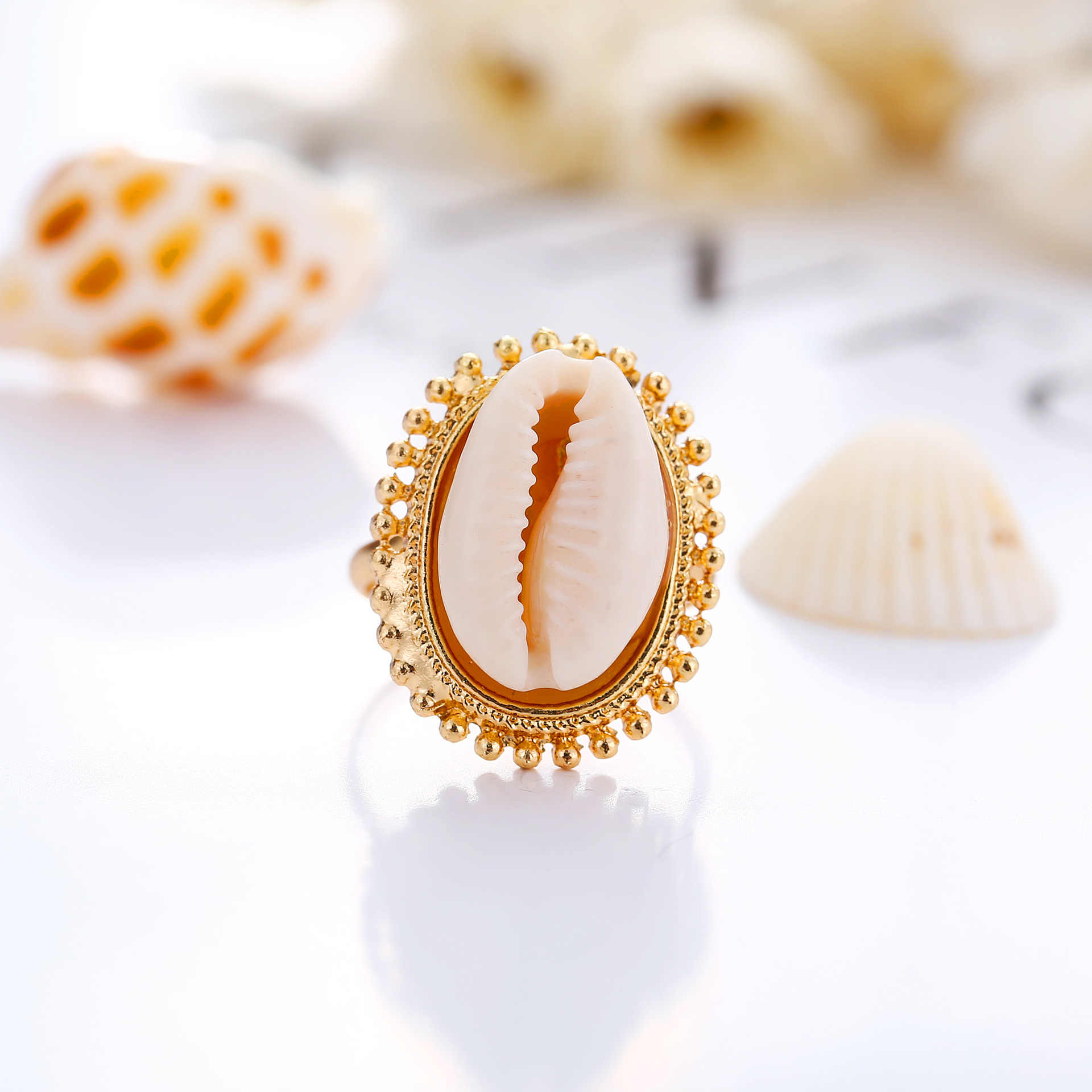 Bohemian Vintage Gold Shell Ring Minimalist Adjustable Finger Knuckle Rings for Women Fahsion Summer Beach Jewelry Accessories