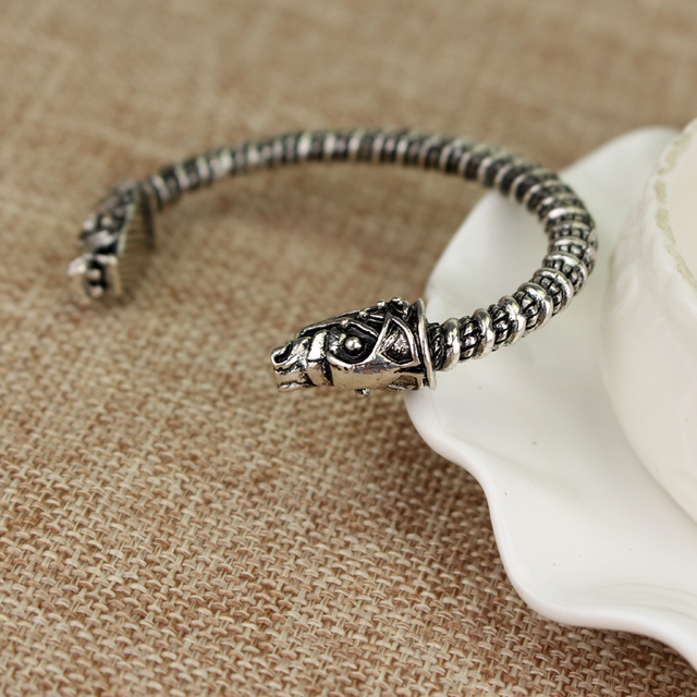 Unisex Troy Horse Silver Plated Bangle