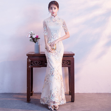2018 new sexy chinese traditional wedding dress qipao red long cheongsam dress Women Elegant Sweet Hallow Out Lace Dress new red handmade nail bead women lace sexy qipao elegant chinese style wedding dress floral slim ankle length cheongsam