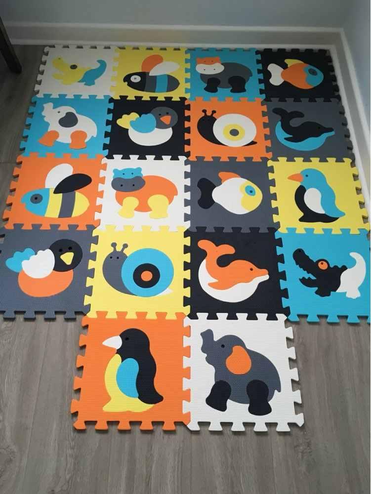 漫画の動物柄カーペット Eva フォームパズルマットキッズ床パズル子供のためのプレイマット再生クロールマット幼児