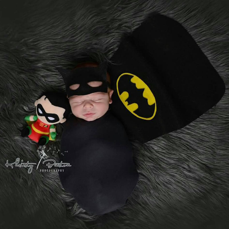 Stretch Wrap Batman Hat Sets Newborn Boy Photography Props Tiny Photoshoot Wrap Outfits Baby Picture Shoot Fotografia Accessory newborn photography solid wood baskets props tiny baby picture photoshoot accessory infant photography studio fotografia props