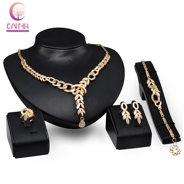 Caliente venta de boda nigeriano Beads africanos joyería de moda mujeres aretes collar pulsera anillo partido del traje de Dubai conjunto