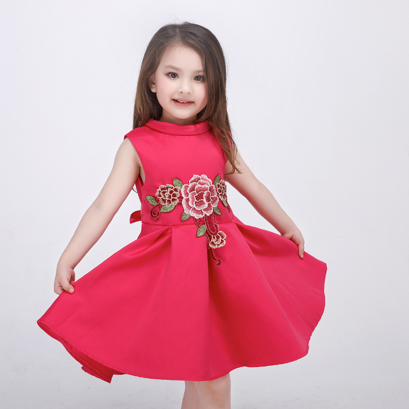 f728eafa0 2017 spring and summer high-end European girls dress baby girl embroidered  princess dress kids