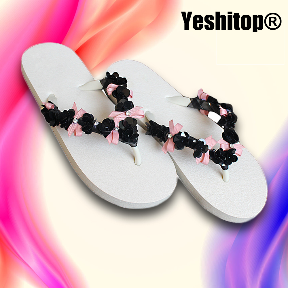 2018 Designer Flip flops Women Flat with Bling Glitter Sandals for girls  casual and beach attire Slippers-in Slippers from Shoes on Aliexpress.com  4b9a63db4d38