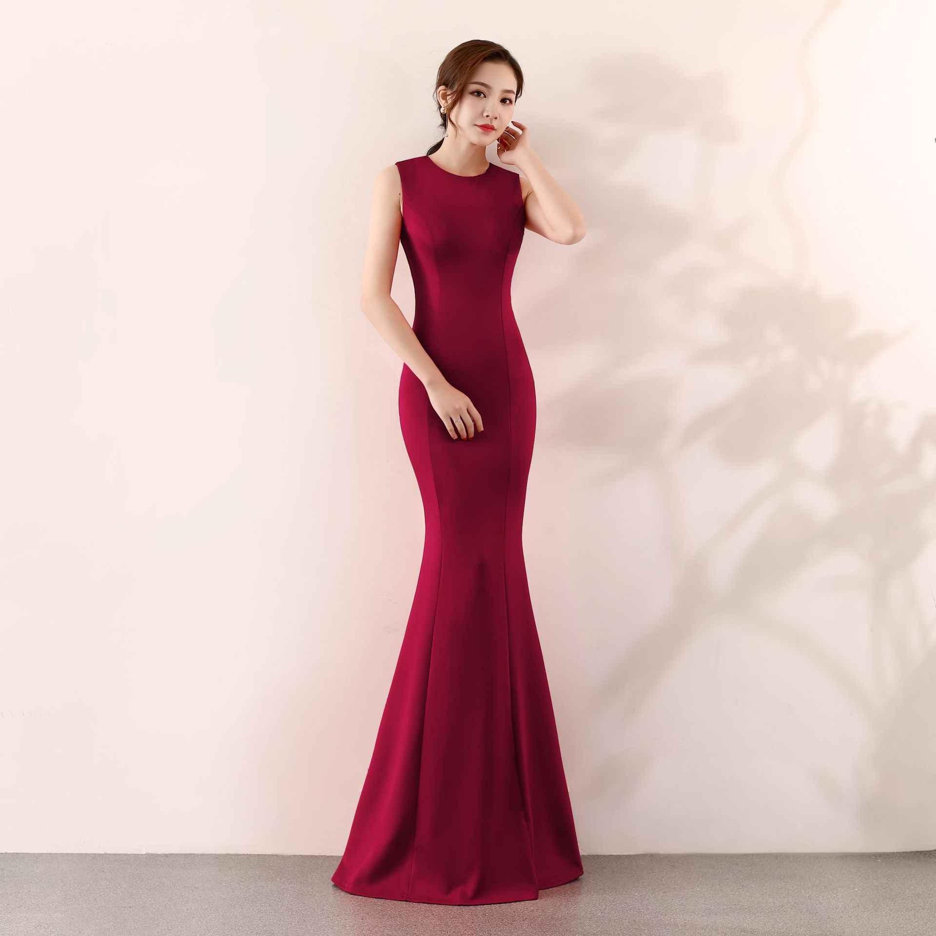 ROOD 2019 Effen Bruid Bruiloft Vrouwelijke Jurk Elegant Mermaid Avond Party Dress Rok Slanke Mouwloze Sexy Cheongsam Maat S-XL