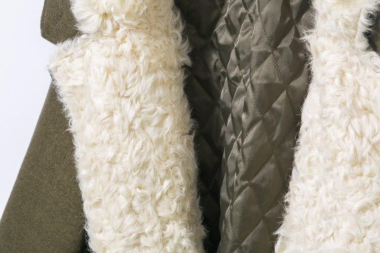 Großhandel 2018 Echten Pelzmantel Lange Parka Winterjacke Frauen Armee Grün Mantel Natürliche Lammfell Kapuze Übergröße Lose Streetwear Warm Von