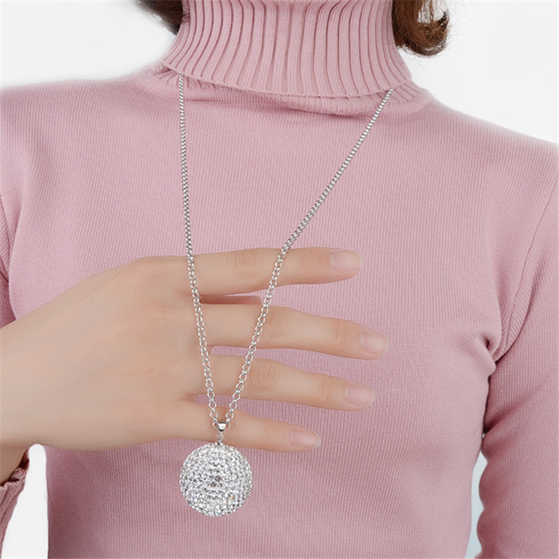 Christmas Sweater Necklaces Women Large Fashion Necklaces for Women 2017 Statement Long Necklaces Pendants Round Zircon Pendants