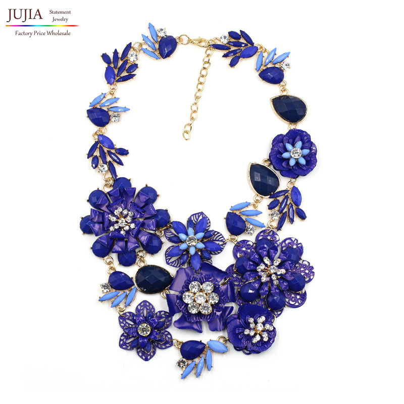 2017 New metal flower bib collar trendy vintage fashion necklaces & pendants costume choker chunky crystal statement Necklace все цены