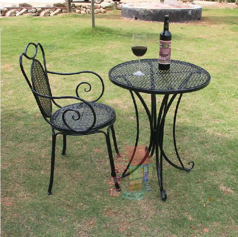 Tavoli e sedie tavolino in ferro battuto sedia per esterni - Set da giardino ferro battuto ...