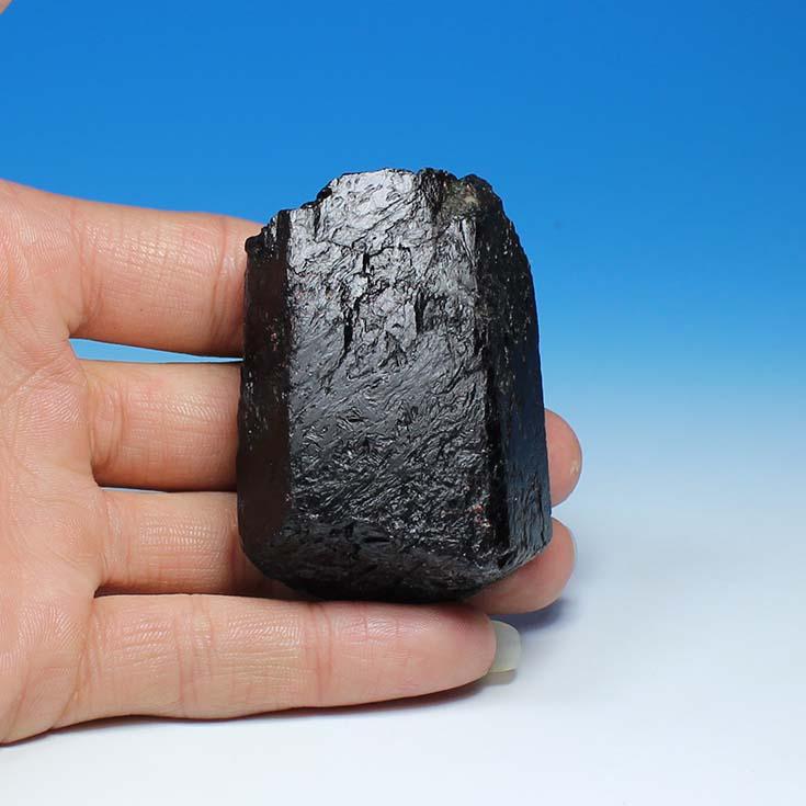Big black tourmaline tourmaline crystal tourmaline mineral specimen original head marked mine water purification