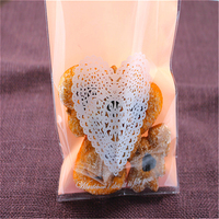 100pcs Lot Romatic Heart Cookie Bags Plastic Candy Biscuit Packaging Wedding Candy Gift Bags Kitchen Accessories