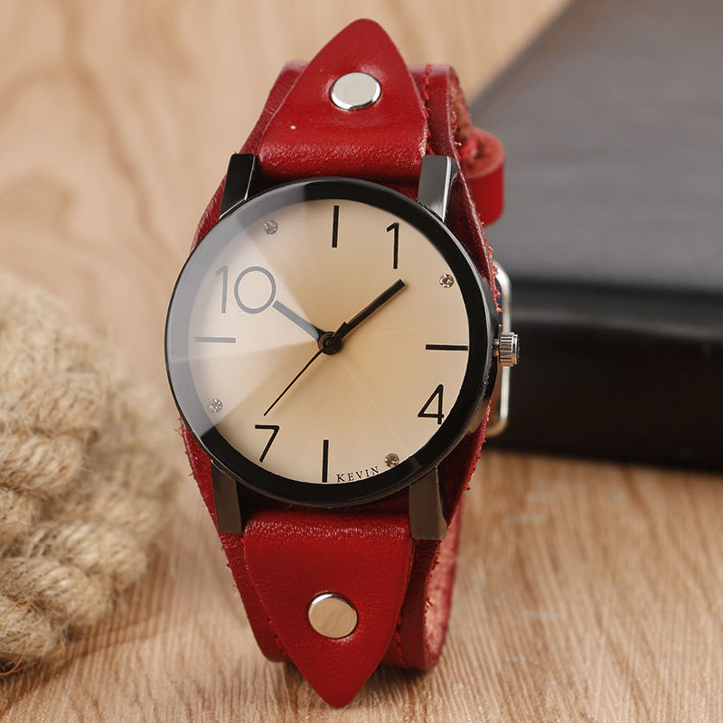 цена на KEVIN Round Dial Women Watches Vintage Rock Quartz Ladies Watch Arabic Numbers Dial Casual Leather Band Fashion Clock Best Gift