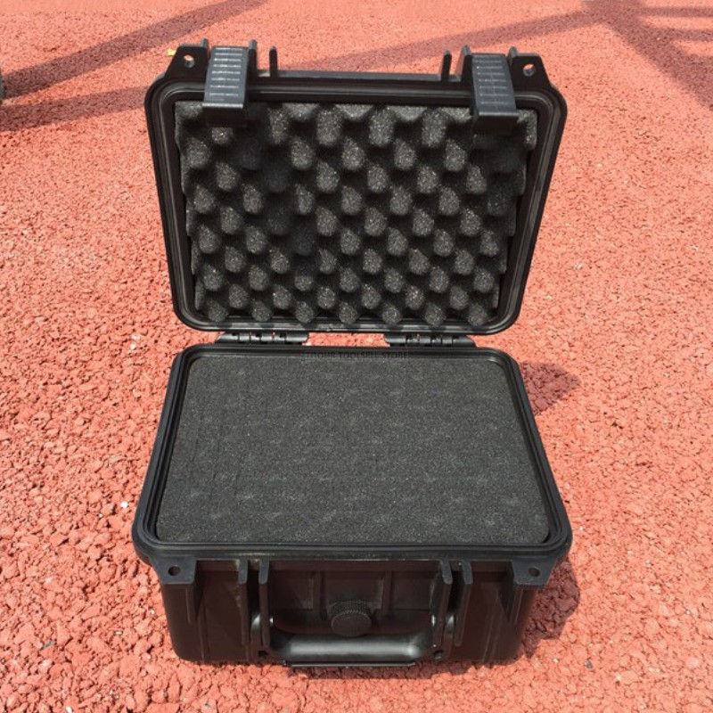Safety Equipment Box Suitcase Impact Resistant Outdoor Waterproof Box Compression Sealed Box With Pre-cut Foam Lining