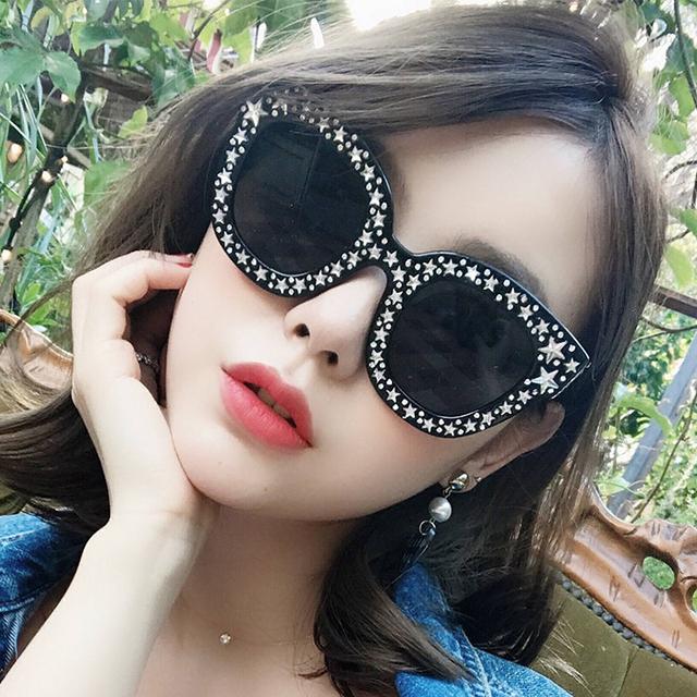 Luxury Imitate Crystal Cat Eye Sunglasses Women Brand Design Retro Pentagram Women Sunglasses Hollow Eyeglasses UV400