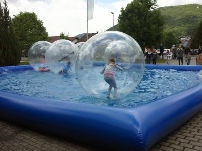 20 20 piscine d 39 eau gonflable piscine gonflable. Black Bedroom Furniture Sets. Home Design Ideas