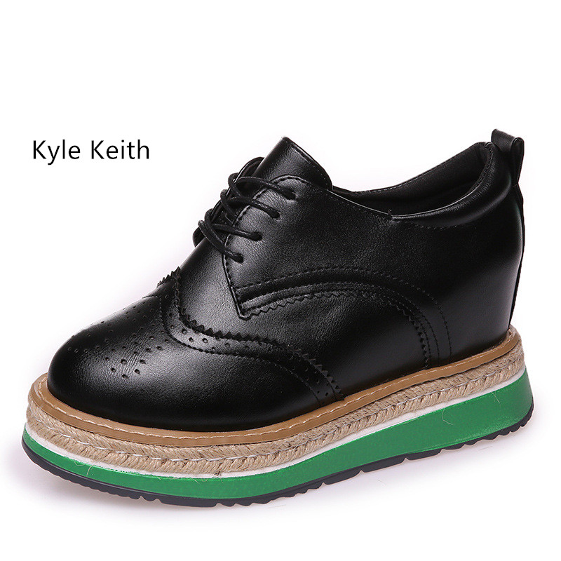 Kyle Keith Retro Oxfords Brogue Women Shoes Fashion Leather Platform Fashion Shoes Round Toe Flats Lace Up Big Size 40 qmn women genuine leather platform flats women cow leather oxfords retro square toe brogue shoes woman leather flats creepers