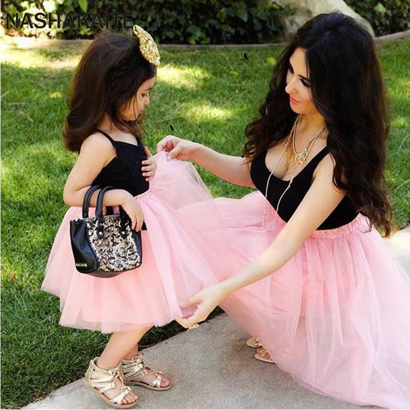แม่และลูกสาวสีชมพู Patchwork ตาข่ายชุดเจ้าหญิงแม่และลูกสาวครอบครัวเสื้อผ้าดูแม่ลูกสาวชุด