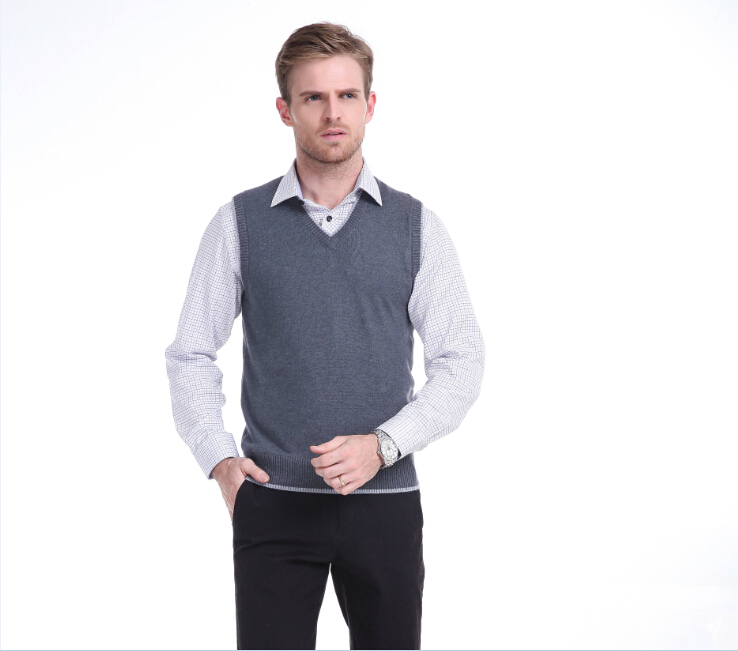 High Quality Autumn And Winter Men Casual V-neck Solid Color Thick Warm Sweater Vest With Velvet