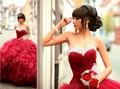 Frete Grátis Ball Vestido Meninas Vestido de Festa Puffy Saia Ruffle Organza 2016 Red Quinceanera vestidos Vestido de 15 años