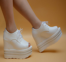 New summer high-heeled shoes thick with fish head waterproof heavy-bottomed muffin sandals Roman sandals white