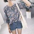 Mujeres coreanas de moda de verano pequeña de encaje floral volantes V-cuello de la quinta manga de la blusa para mujer