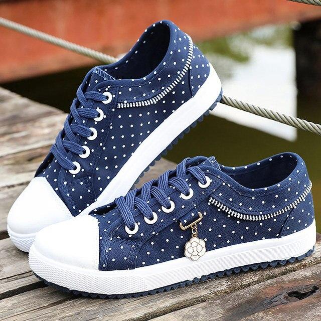 Bahar Kadın kanvas ayakkabılar Rahat Daireler Vulkanize Ayakkabı Lace Up kadın Nefes Moda Yıldız Konfor Ayakkabı Bayanlar Damla Gemi Yeni