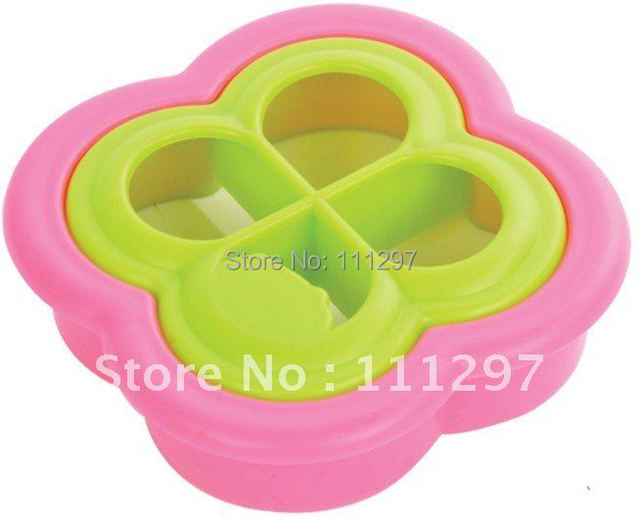 Wholesale 150pcs / lot plastic bread toast cutter sandwich cutter picnic lunch mold maker in lucky clover design Free shipping