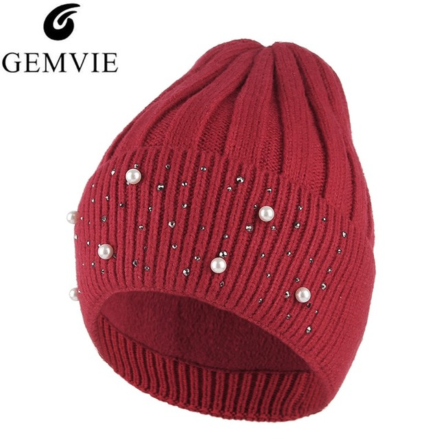 33fc4d18d3376 Winter Knit Caps Women Hats Trendy Pearl Rhinestone Beanie Cap Lady Casual  Warm Knitted Skullies Beanies Short Plush Lining