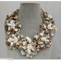 "Free shipping >>>>>18""bid Statement Necklace Natural MOP shell pearl flower choker necklace"