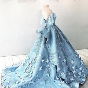 Image 3 - Роскошные бальные платья с коротким рукавом и объемной бабочкой, 2018