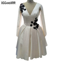 Sexy White Satin Long Sleeves A Line Cocktail Dresses Black Applique Short Party Prom Dresses Satin Formal Evening Gowns