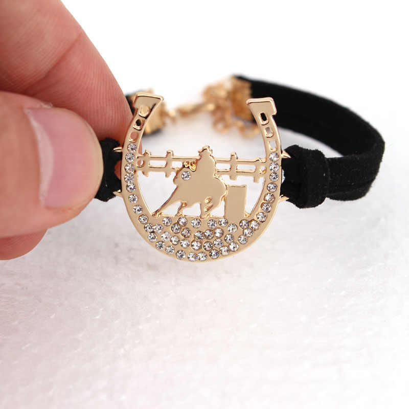 hzew new Riding horse and horseshoe pendant necklace horse necklaces gift