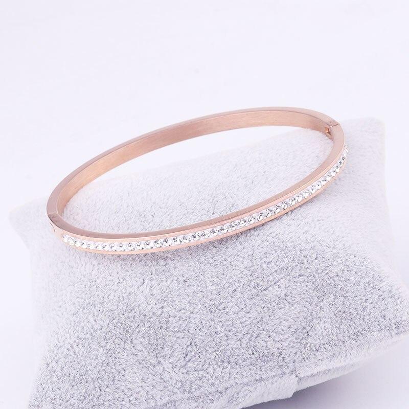 2019 Hot Europäischen Einfache Und Kreative Frauen Armband Armband Mode Jewely Kristall Von Österreichischen Für Frauen Party Geschickte Herstellung