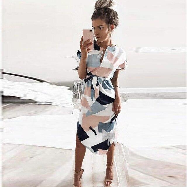 2018 vestido de verano señora playa fuera Femenino V cuello Maxi geométrica salida Playa de las mujeres vestido Retro con cinturón vestidos