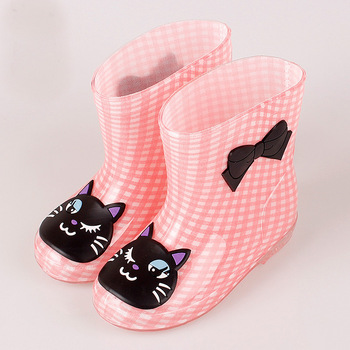 2017 New Children' Rain Boots Candy Color Cartoon Antiskid Waterproof For All Seasons Boy And Girl Baby Rubber Boots Shoes Free