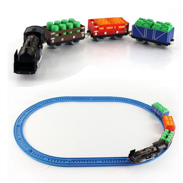 Moderno Nuevo DIY Tren Eléctrico Con Luz y Música de Juguete para Niños Regalos para niños Caliente Apr13