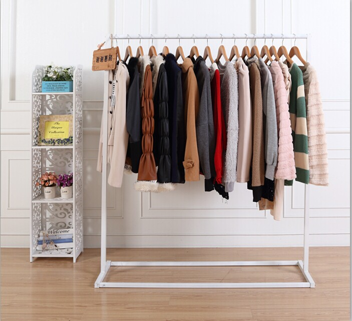 Simple clothing store